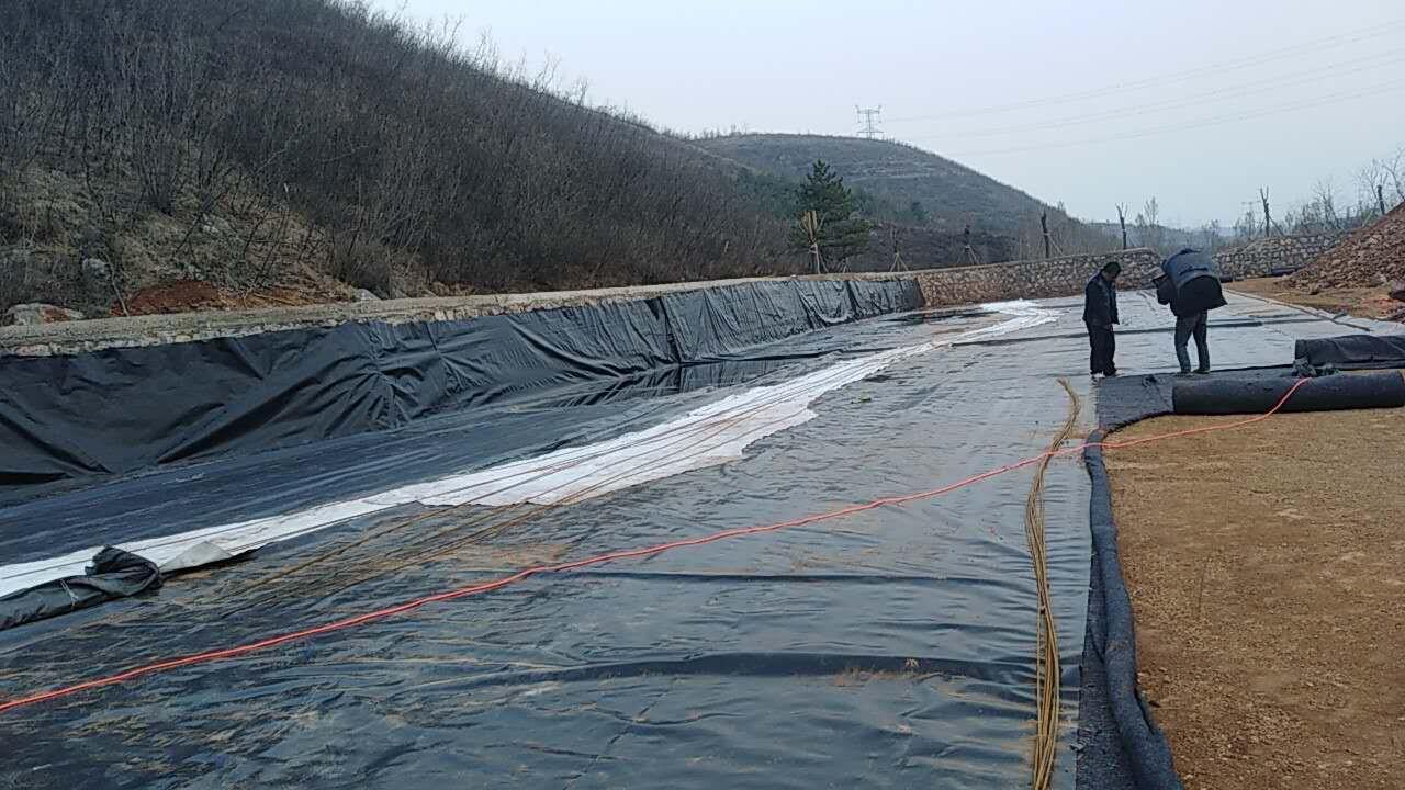 HDPE土工膜应用实例