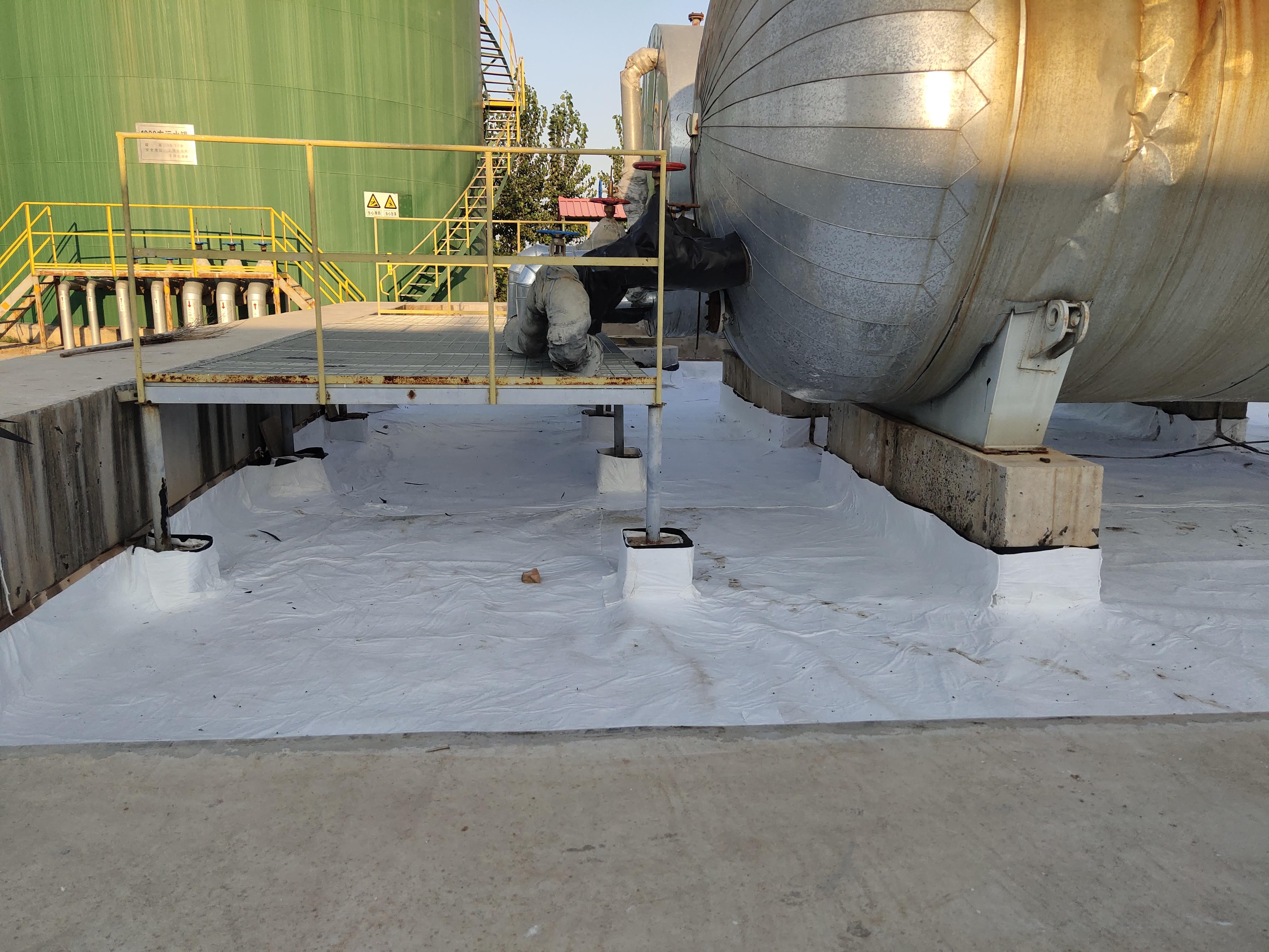 HDPE膜材料热敏感性影响采取的质量措施