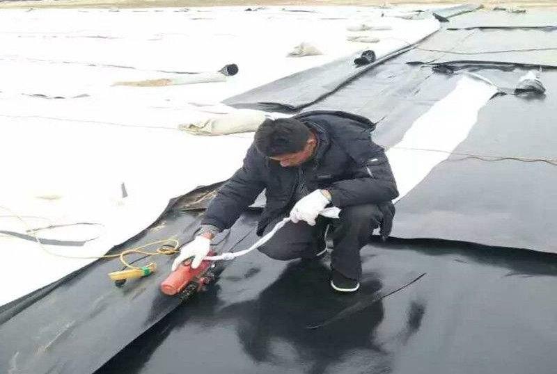 复合土工膜施工质量检查及验收