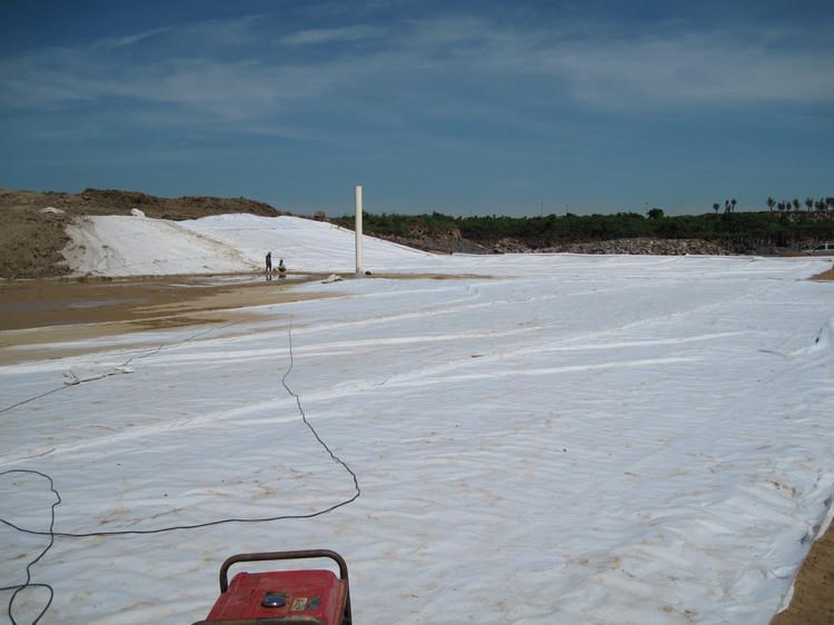 防水防渗施工膨润土防水毯施工环节检测