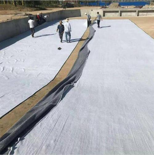 膨润土防水毯详细分类:针刺、胶粘、覆膜