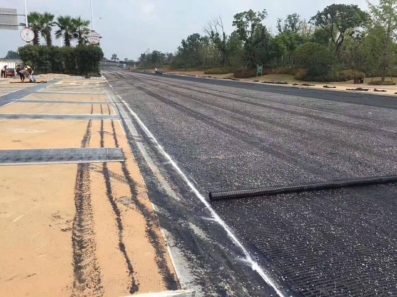 高速公路路基加宽土工格栅施工流程